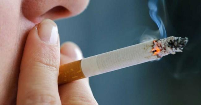 Bahaya Rokok Bagi Gusi dan Gigi